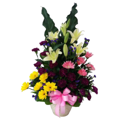 Vase arrangement carnations stargazer.s Give a gift of flowers in Metro Manila. Flower shop Florist in Makati City.