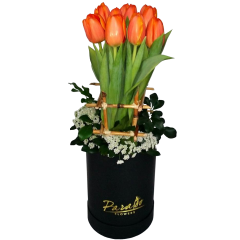 Box arrangement of Tulips. Romantic flower gift. We accept deliveries for Valentine's day. Flower delivery Manila, Flower delivery Quezon City, Flower delivery Pasig, Flower delivery Paranaque, Flower delivery Philippines. Flower Shop Manila.