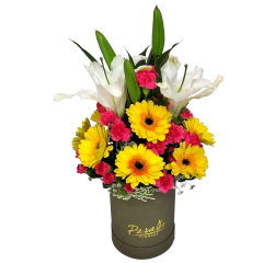 Boxed flower arrangement for Valentine's day delivery. Dependable flower shop delivery service. Send Valentine's day flowers.